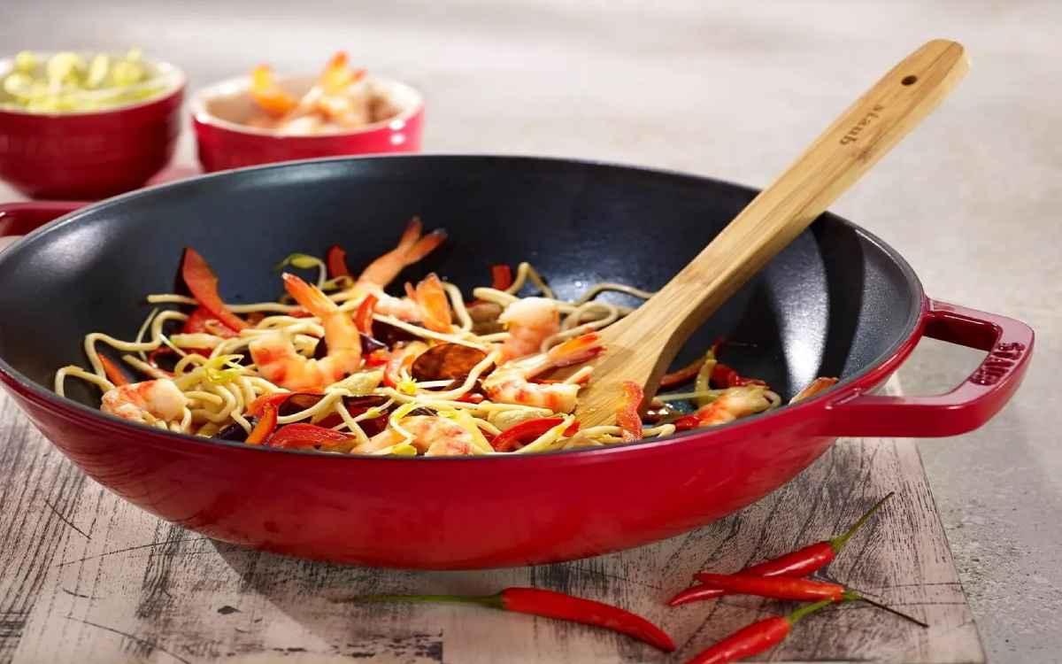 Panela wok de ferro Staub