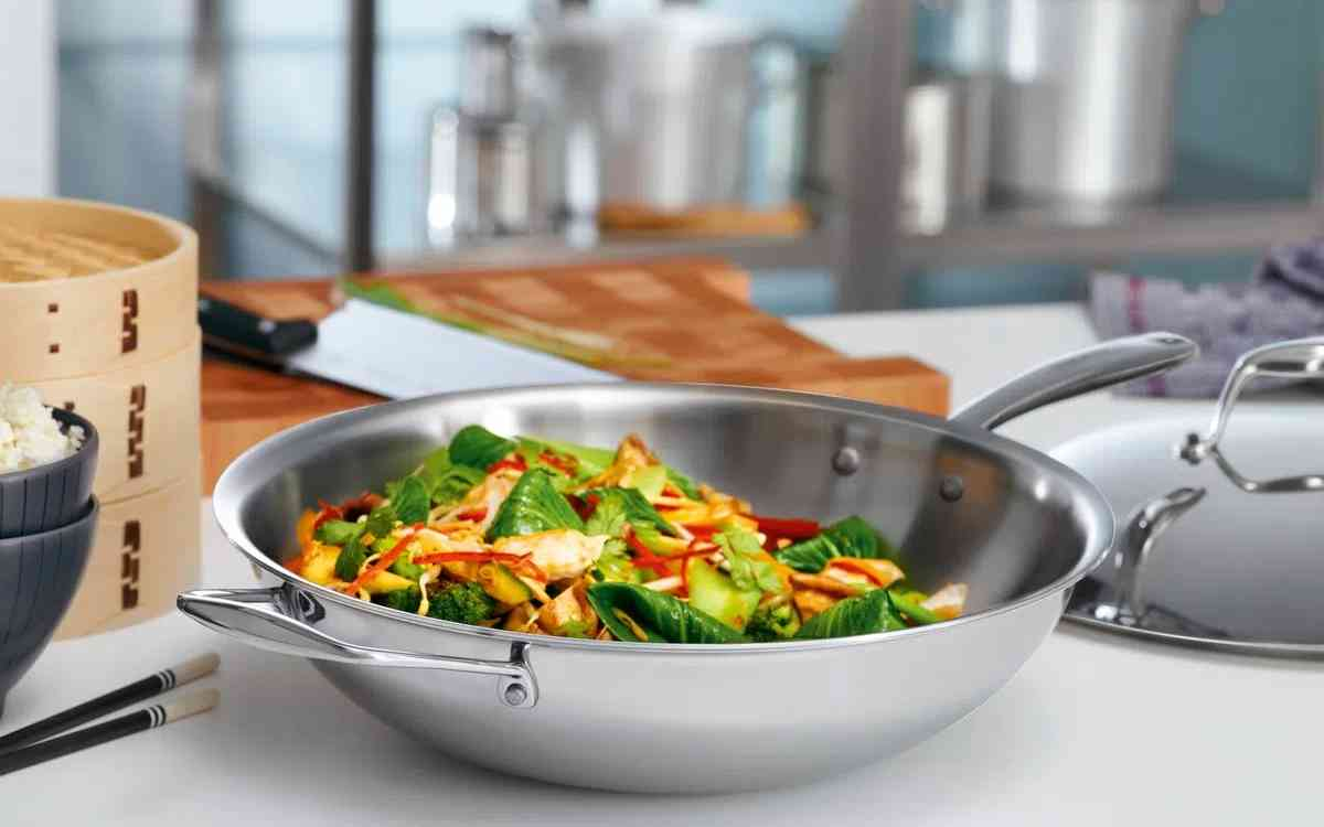 Panela wok Tramontina inox