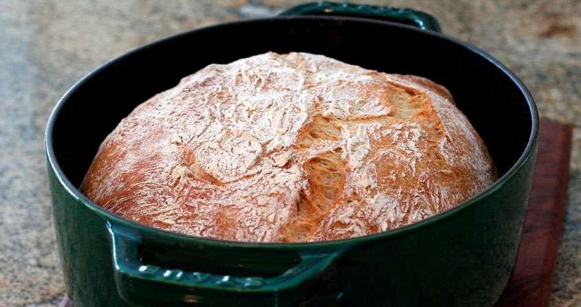 Panela Para Pão Dutch Oven Staub