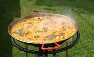 Panela para paella ao ar livre